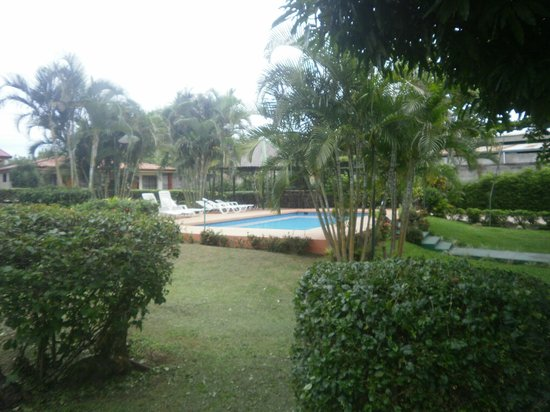 Hotel Bristol Aeropuerto (Antiguo Villa dolce).: pool and grounds were well kept up
