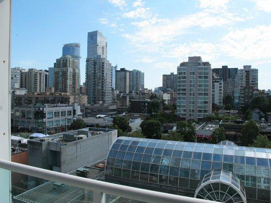 Carmana Plaza: Nice view!