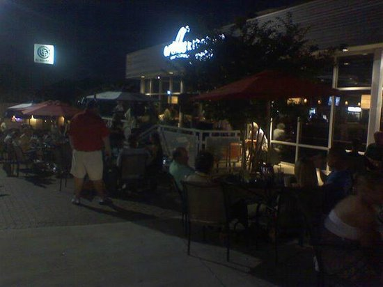 Bar area - Picture of Cribbs Kitchen, Spartanburg - TripAdvisor