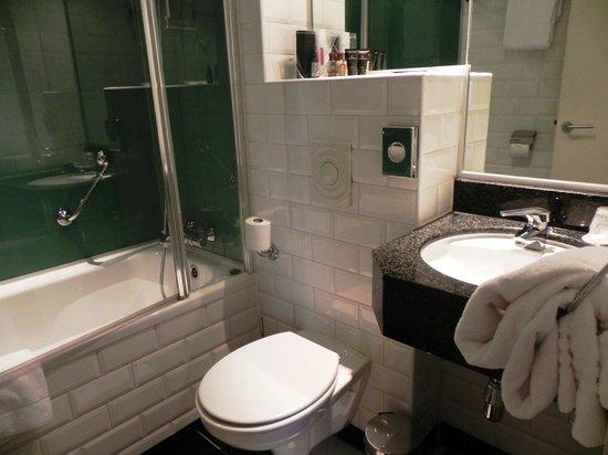 Bilderberg Hotel Jan Luyken: Banheiro