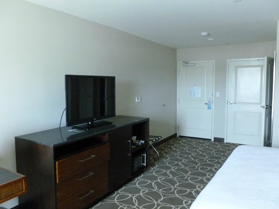 Hilton Garden Inn Los Angeles Marina Del Rey: Spacious King room