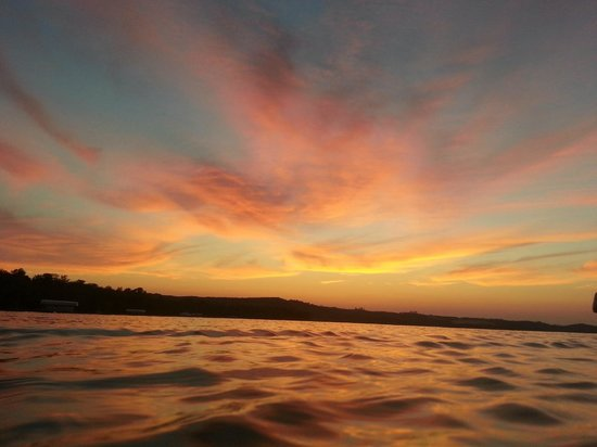 Maple Lane Resort: Sunset on Glen Lake