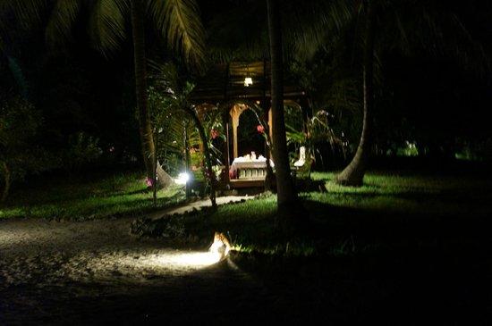 Anna of Zanzibar: Romantic last meal in private gazebo