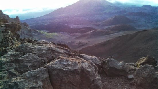 Paia, Hawái: A view in the crater at sunrise