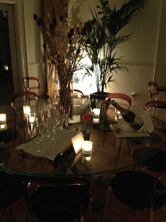 The Chanric Inn : Evening champagne