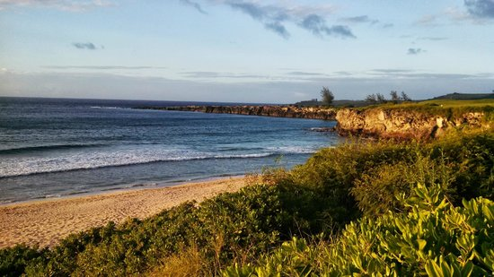 The Kapalua Villas, Maui: A view from the trail