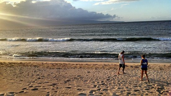 The Kapalua Villas, Maui: A view of one of the beaches