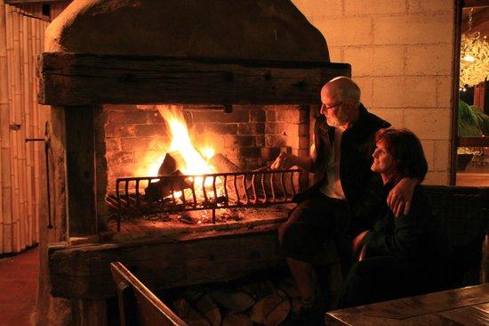 Manawa Ridge: Great outdoor Fireplace.