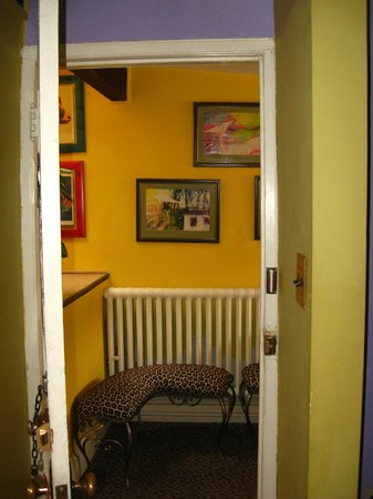 Tabard Inn: the penthouse is very private, the only room on the top floor with a little waiting area