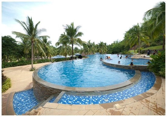 Camaya Sands Resort and Leisure