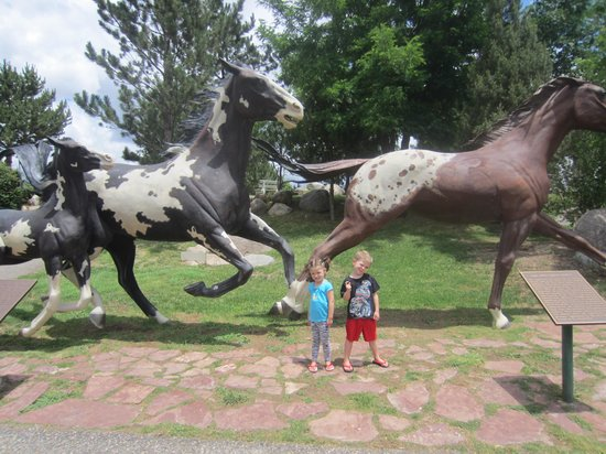 Hubbard Museum of the American West: horse statues