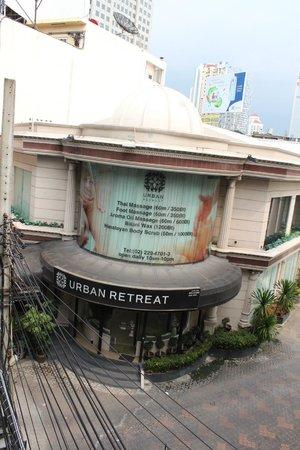 CityPoint Hotel: Urban Retreat Spa right around the corner