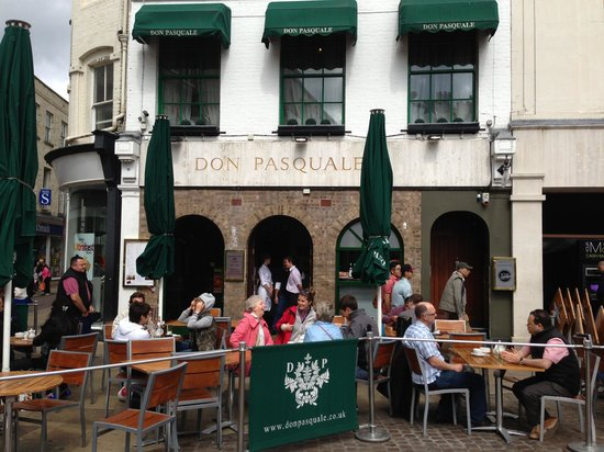 Don Pasquale: the Restaurant