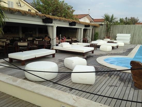 Bagno Sunset : restaurant & pool