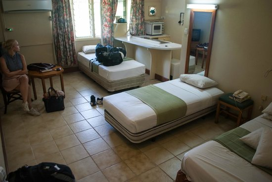 Tanoa Skylodge Hotel: Initial room in one of their cottages