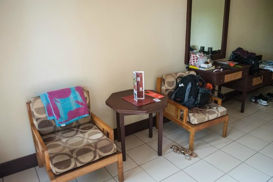 Tanoa Skylodge Hotel: Second Room after complaining