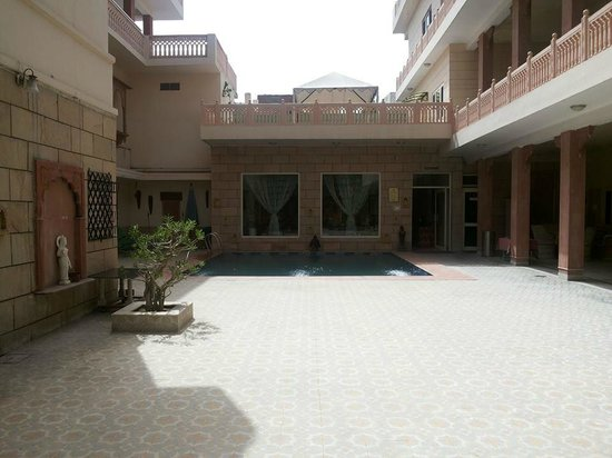 Suryaa Villa: The Courtyard