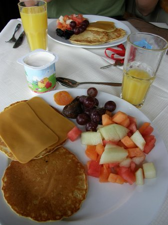 Jaeren Hotell: You can make your own pancakes :)