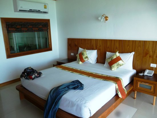 Tri Trang Beach Resort: The Bedroom