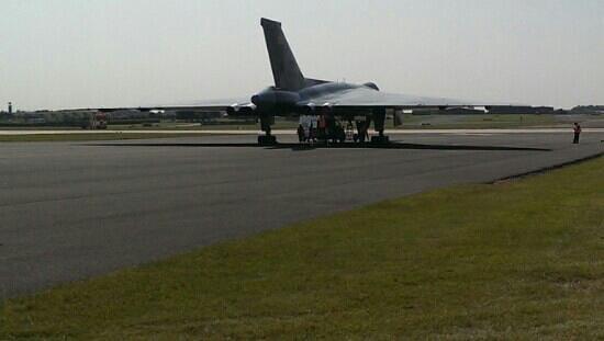 RAF Waddington Airshow: avro vulcan at waddington airshow 7th july