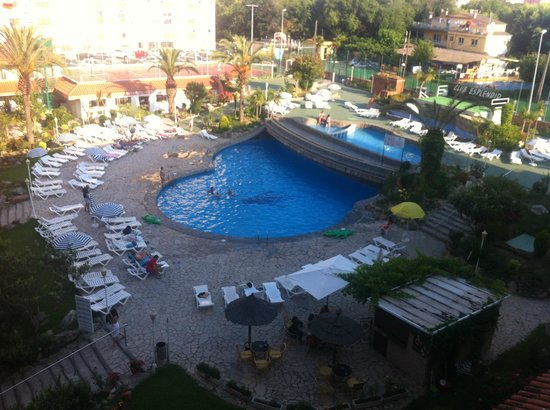 Hotel Esplendid: Piscina