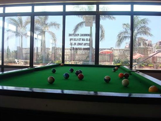 Hotel Greenland Delsol: Pool Table