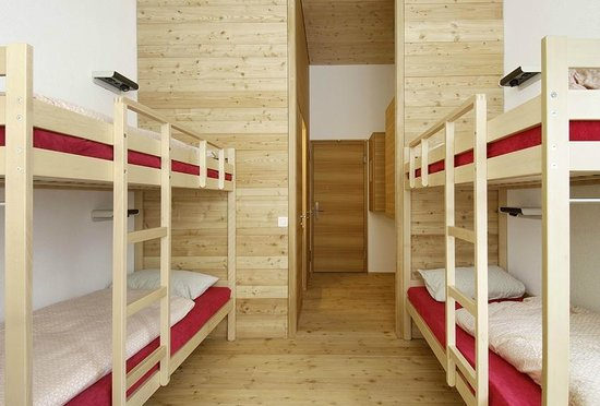 Jugendherberge Scuol: Mehrbettzimmer