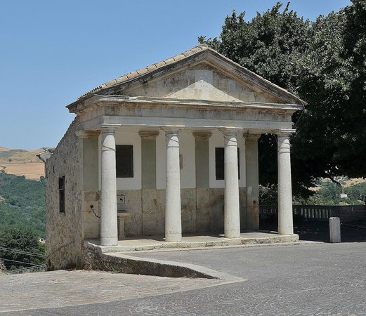 Accadia, Italie: Fontana monumentale