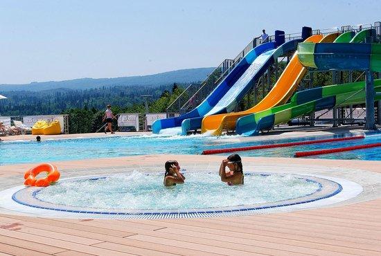 Rixos Hotel Prikarpatye: Outdoor pool (jacuzzi)