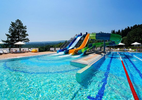 Rixos Hotel Prikarpatye: Outdoor pool