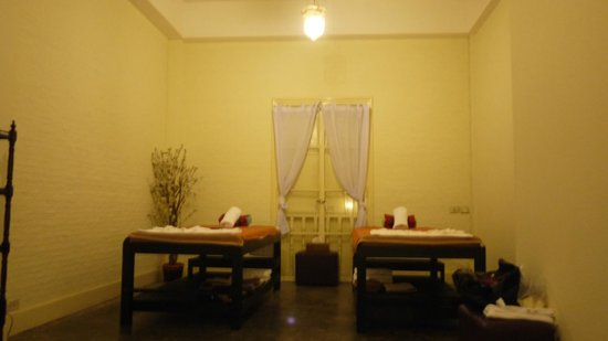 The Eugenia Spa: Massage beds