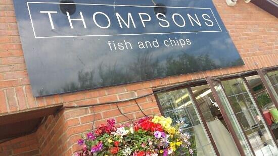 Thompsons Fish Restaurant: beautiful outside