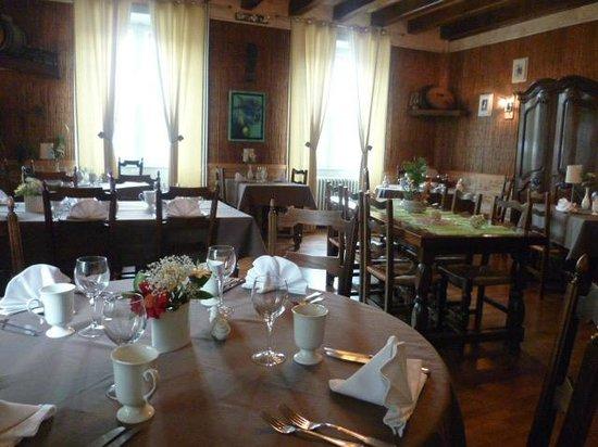 Relais du Taurion : Salle du Restaurant
