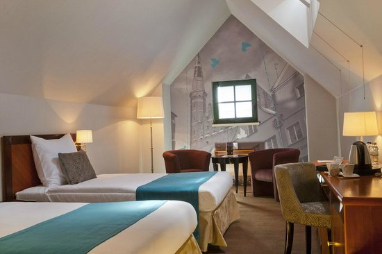 Hanza Hotel : Twin attic room