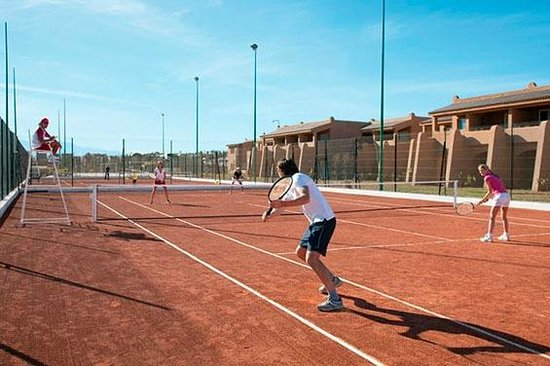 ClubHotel Riu Tikida Palmeraie : Tennis Court