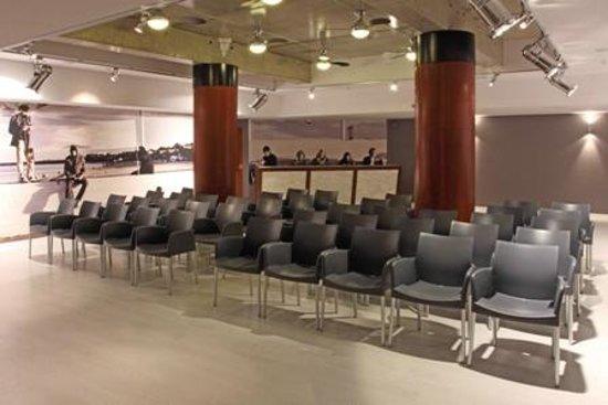 Hanza Hotel : Conference room