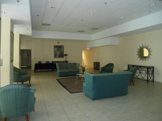 Four Points by Sheraton Caguas Real Hotel & Casino : common room