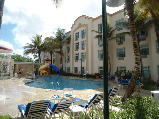Four Points by Sheraton Caguas Real Hotel & Casino: pool view2