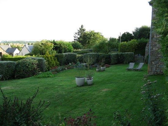 Ferme Saint Christophe: The garden