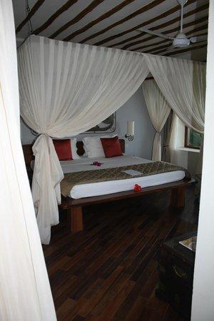 Essque Zalu Zanzibar: letto enorme altro che quelli dello sheraton