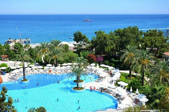 Queen's Park Resort: к