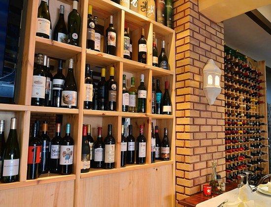 Bambi Gourmet : Expositor de vinos