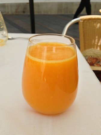 Taberna Luque: freshly squeezed orange juice