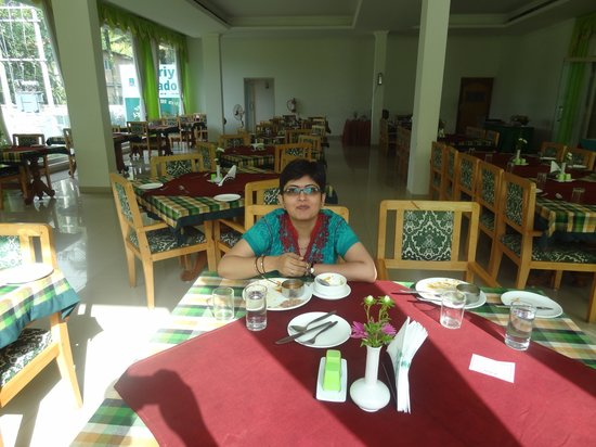 Periyar Meadows Leisure Hotel: the dining hall