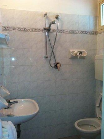 Hotel morri reviews price comparison riccione italy for Bagno 68 riccione