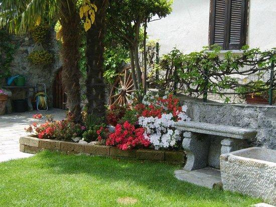 B&B Monastero: giardino superiore
