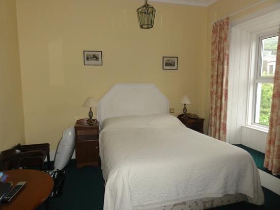 Foyles Hotel : comfy bed
