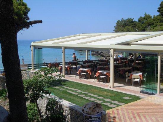 Glyfada Beach Hotel Corfu: Taverne, modern, sauber, sympathisch