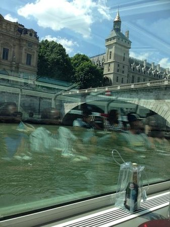 Paris en Scene : another view from our armchair facing the Seine