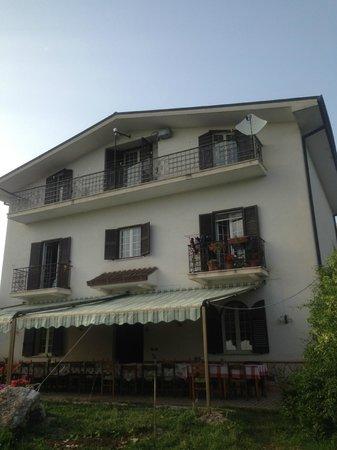 Italy Farm Stay: main house